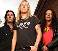 Alice In Chains выключаются из розетки