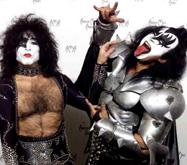 Лидер Kiss пропустил концерт из-за тахикардии
