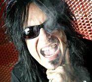Басист Motley Crue выступил на Капитолийском холме