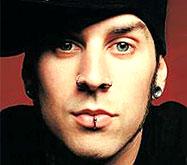 У барабанщика Blink-182 украли его имидж